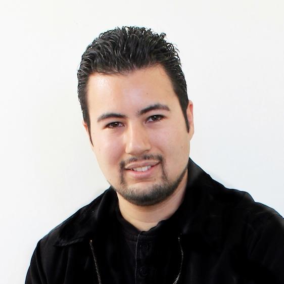 Javier Gonzolez Headshot